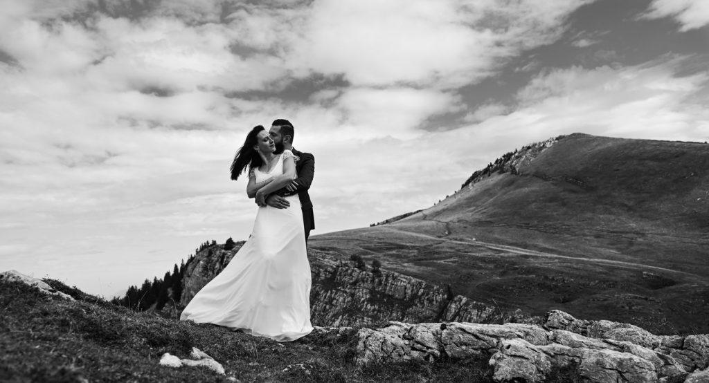 Idée (4/5) de pose pour séance photo de couple (Sébastien Roignant)